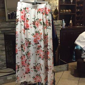 Torrid Skirt NWT